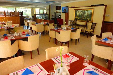 مطعم رينديس فوس