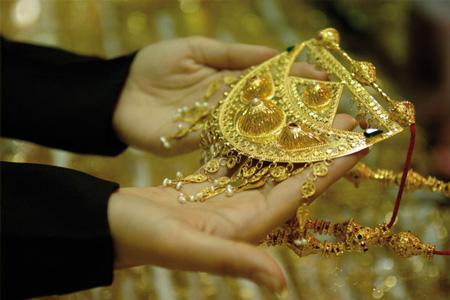 金の宝飾品