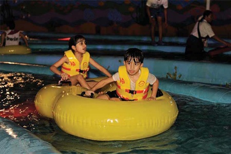 حديقة الألعاب المائية مرجان