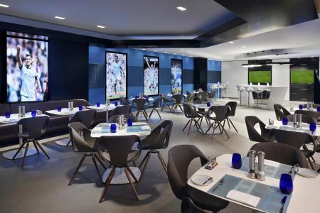 Blu Sky Lounge & Grill