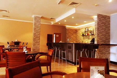 Hana Al Dhafra Bar