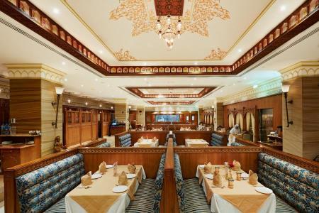 India Palace Restaurant - Al Zahiyah