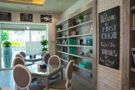 Кафе и ресторан First Clique