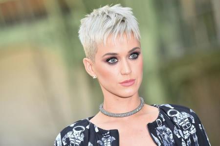 Katy Perry Live at #NYEYAS