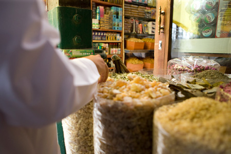 Traditional markets & souks in Abu Dhabi and Al Ain - VisitAbuDhabi ae